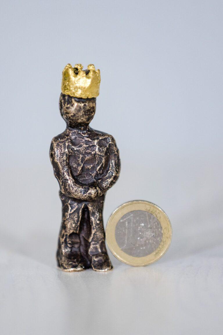 Kleiner König Miniatur Andreas Magera Steinmetzmeister und Gestalter