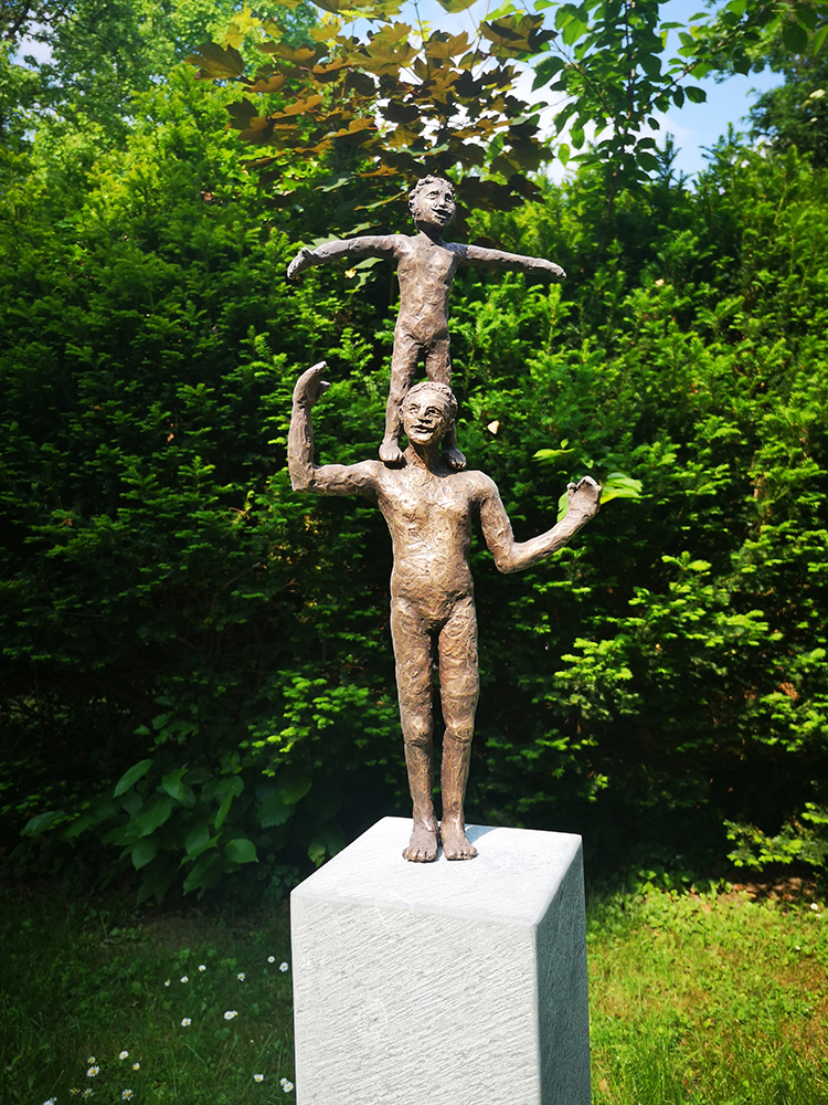 Vater und Sohn Bronze Andreas Magera